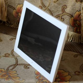 12 inch mirror-finished digital photo frame in white
