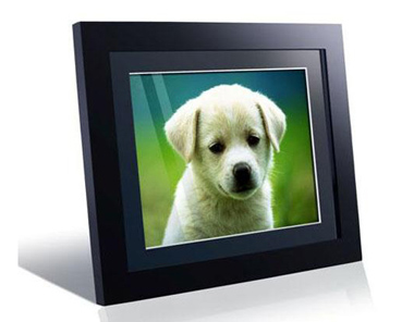 wooden digital picture frame in black.jpg